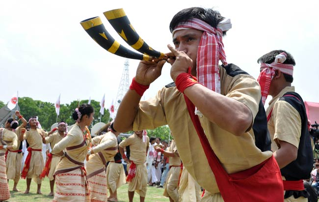 essay on bihu festival Bhogali bihu (bhogi) festival  bhogali bihu ( also known as bhogi or magh bihu) is actually a harvest festival mainly celebrated in assam bhogi or bogi festival is celebrated in the honour of lord indra, god of clouds and rains.